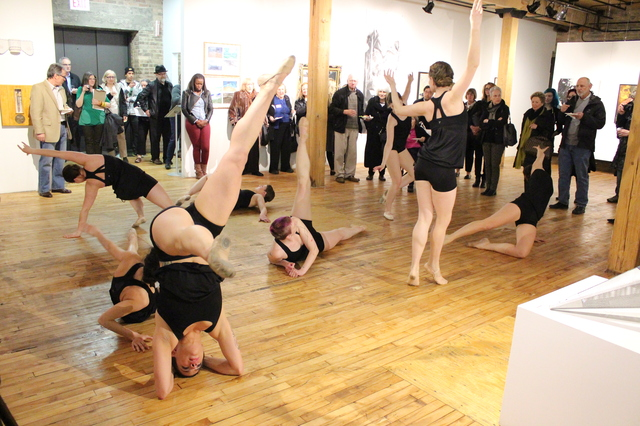 Modet_Dance_Collective_Bridgeport_Arts_Center_2014-05-03_photo_by_Fuzzy_Gerdes_IMG_1452.JPG